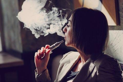 Waspadai Dampak Kesehatan Rokok Elektrik Menyusul Kematian
